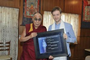 Dalai Lama og Dmitry Itskov